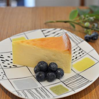 チーズケーキとブルーベリー